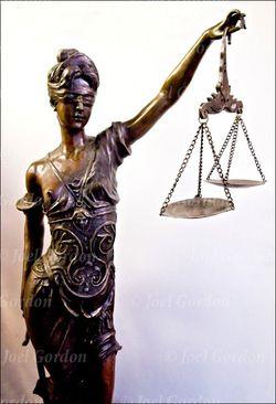 Blind-Justice-GOR-64454-08