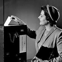 Woman-Voting-1950s-200x